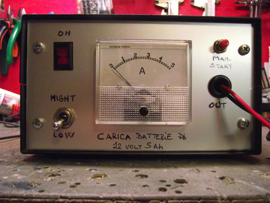 Schema Elettrico Per Caricabatterie 12 Volt : Elettronica